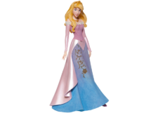 Couture de Force: Stylized Aurora