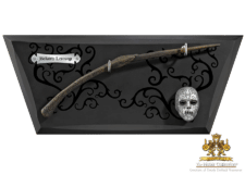 Harry Potter: Bellatrix Lestrange's Wand and Display