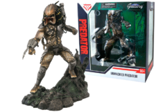 Diamond Select Toys: Unmasked Predator SDCC