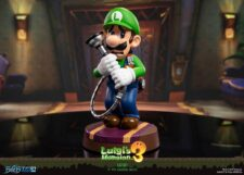First 4 Figures: Luigi's Mansion