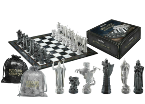 Harry Potter: Wizard Chess Set